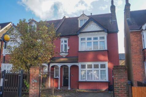 Lower Addiscombe Road, Croydon, CR0. 4 bedroom semi-detached house
