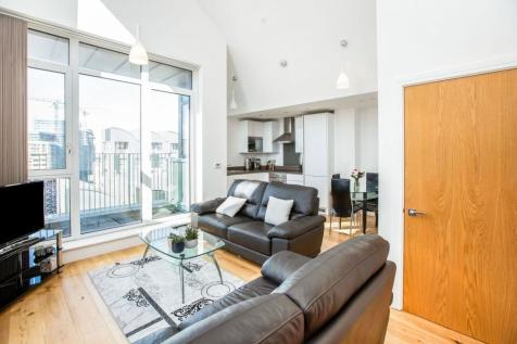 6 Caxton Street North, London, E16. 2 bedroom penthouse for sale