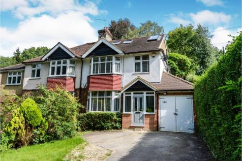 Whyteleafe Hill, Whyteleafe, CR3. 4 bedroom semi-detached house