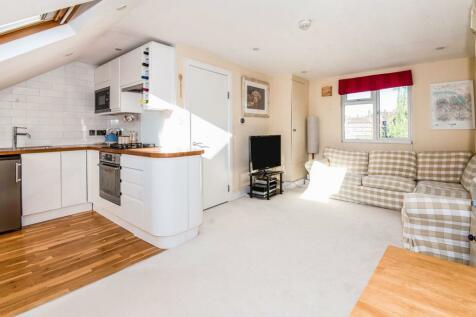 Helix Road, Brixton, SW2. 1 bedroom flat