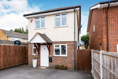Homesdale Road, Caterham, CR3. 3 bedroom detached house