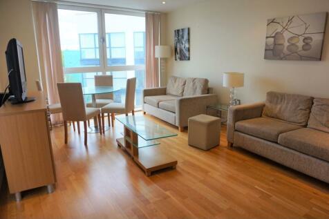 73a. Drayton Park, Highbury, N5. 1 bedroom apartment