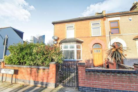 Bedford Road, Ilford, IG1. 3 bedroom end of terrace house