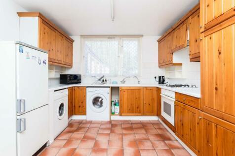 Henderson Drive, St. Johns Wood, London, NW8. 3 bedroom flat