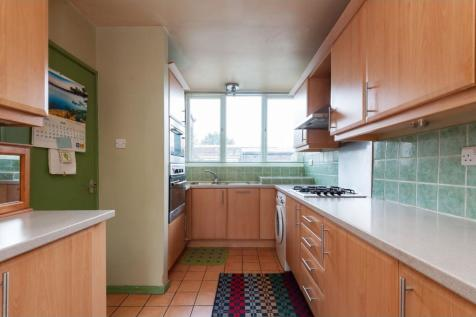Isel Way, London, SE22. 3 bedroom terraced house