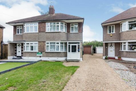 Trevor Close, Bromley, BR2. 3 bedroom semi-detached house