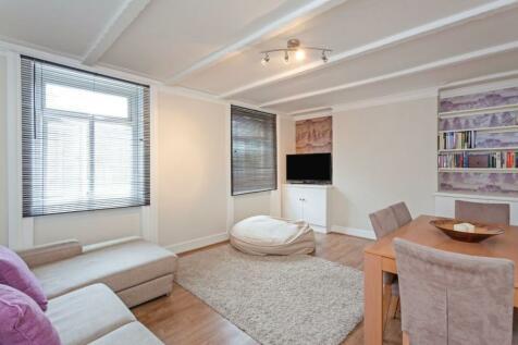 Marischal Road, London, SE13. 3 bedroom flat
