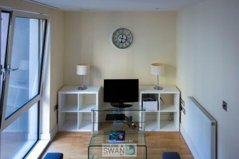 35 Indescon Square, London, E14. Studio apartment