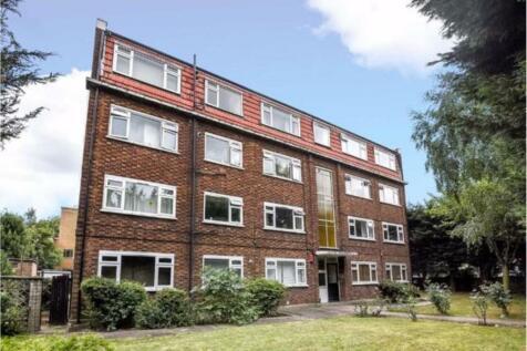 Grove Lane, London, SE5. 2 bedroom flat