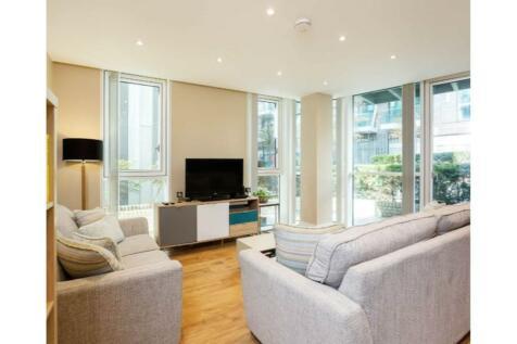 120 Gowers Walk, London, E1. 2 bedroom apartment