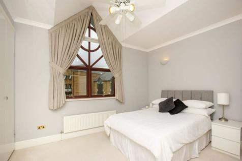 Goodhart Place, London, E14. 3 bedroom terraced house for sale