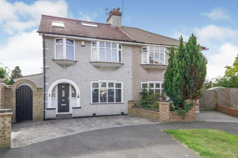 Brabourne Crescent, Bexleyheath, DA7. 4 bedroom semi-detached house for sale