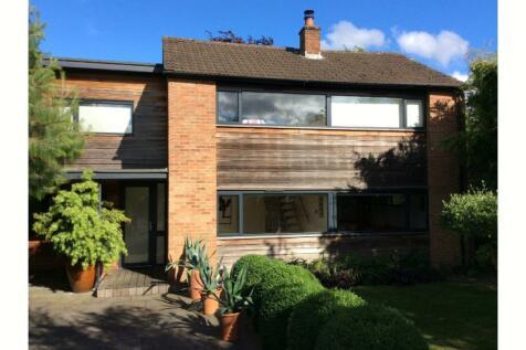 Berrylands, Surbiton, KT5. 4 bedroom detached house for sale