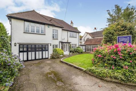 Carroll Hill, Loughton, IG10. 4 bedroom detached house for sale