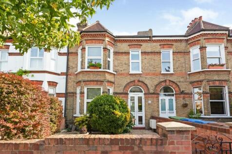 Dunstans road, East Dulwich, SE22. 2 bedroom flat for sale
