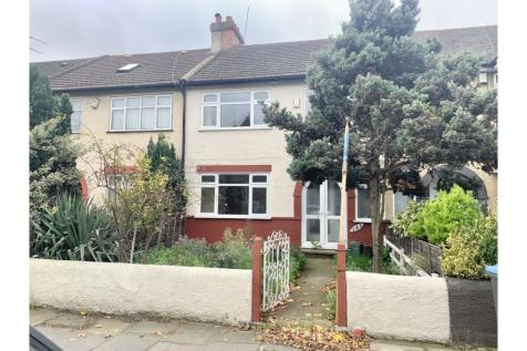 Hedge Lane, London, N13. 3 bedroom terraced house