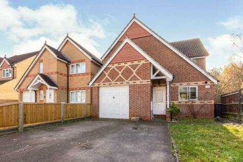 Shambrook Road, Waltham Cross, EN7. 4 bedroom detached house for sale
