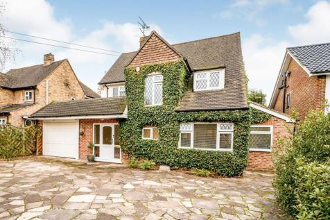 The Glade, Fetcham, Leatherhead, KT22. 4 bedroom detached house for sale