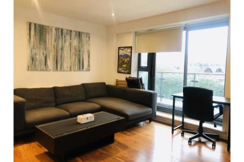 Devonport Street, London, E1. 1 bedroom apartment