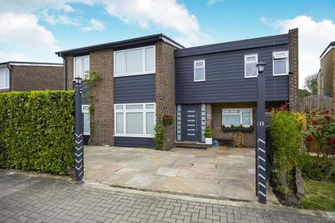 Lankton Close, Beckenham, BR3. 4 bedroom link detached house for sale