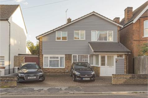 Fishers Green Road, Stevenage, SG1. 4 bedroom detached house for sale