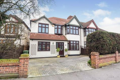 Upper Brentwood Road, Romford, RM2. 4 bedroom semi-detached house for sale