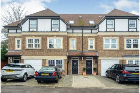Sterling Place, Weybridge, KT13. 3 bedroom terraced house for sale