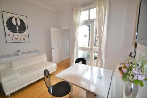 Tufnell Park Road, London, N7. 2 bedroom apartment