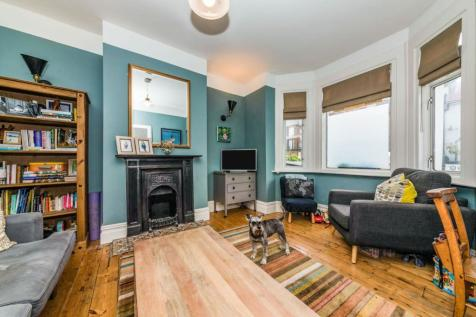 Pascoe Road, London, SE13. 2 bedroom terraced house for sale