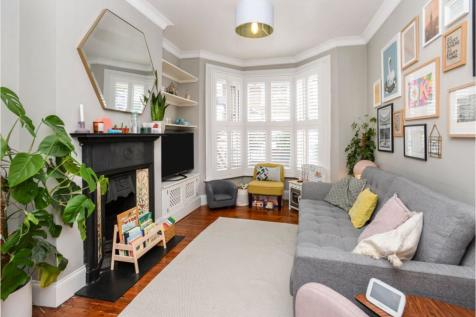 Harvard Road, London, SE13. 3 bedroom terraced house for sale