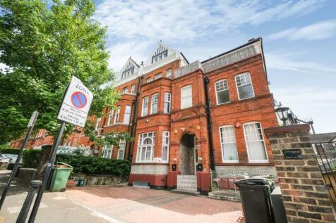 2 Frognal, Hampstead, London, NW3. 3 bedroom flat