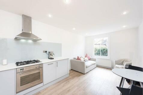 Brook Drive, London, SE11. 2 bedroom flat