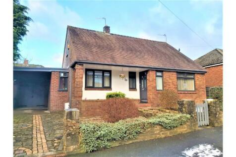 Sholver Lane, Moorside, OL1. 4 bedroom detached house for sale