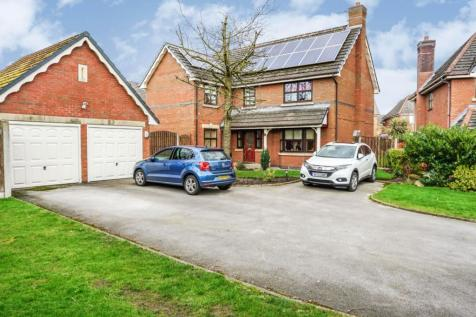Riversdale, Warrington, WA1. 4 bedroom detached house