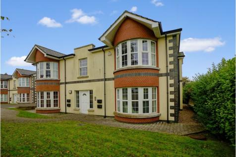 20 Ballymaconnell Road, Bangor, BT20. 2 bedroom apartment for sale