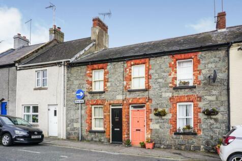 Shore Street, Killyleagh, BT30. 2 bedroom terraced house for sale