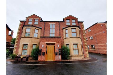 707 Antrim Road., Belfast, BT15. 2 bedroom apartment for sale