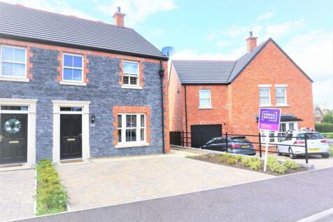 Ballantine Way, Lisburn, BT27. 3 bedroom semi-detached house
