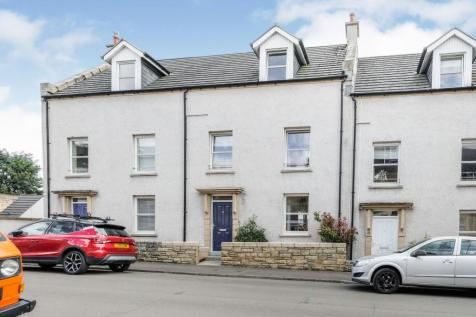 Kidd Street, Kirkcaldy, KY1. 3 bedroom town house