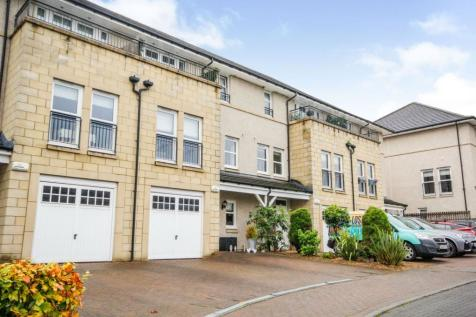 Bluebell Drive, Newton Mearns, Glasgow, G77. 4 bedroom town house for sale