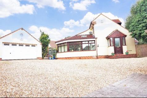 Spearcey Lane, Staplehay, Taunton, TA3. 4 bedroom detached house for sale