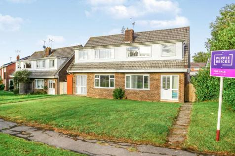 Merlin Way, Chipping Sodbury, BS37. 3 bedroom semi-detached house for sale