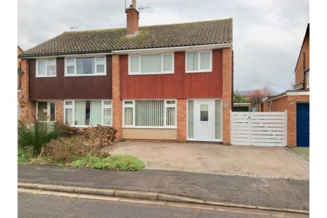 Heathcombe Road, Bridgwater, TA6. 3 bedroom semi-detached house for sale