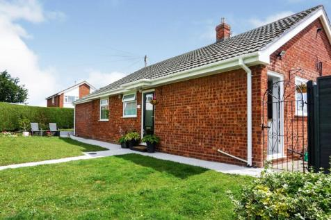 Denning Road, Wrexham, LL12. 2 bedroom bungalow for sale