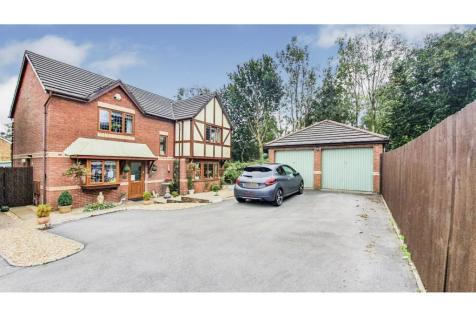 Bryn Melys, Bridgend, CF31. 4 bedroom detached house