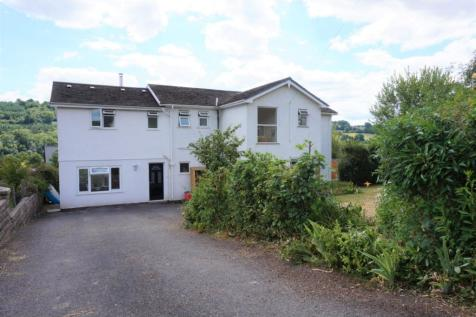 Sunnybank, Brecon, LD3, Mid Wales - Detached / 6 bedroom detached house for sale / £400,000