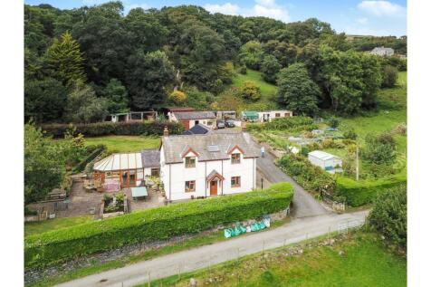 Llechwedd, Conwy, LL32. 4 bedroom detached house
