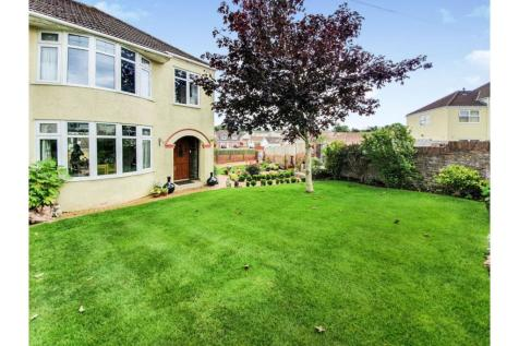 Oaklands Rise, Bridgend, Vale of Glamorgan, CF31. 3 bedroom semi-detached house