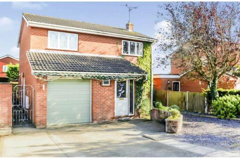 Sunningdale Close, Wrexham, LL13. 4 bedroom detached house for sale