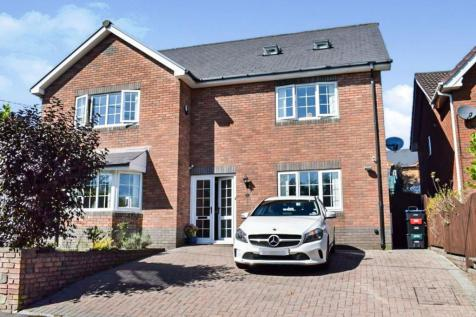 Primrose Lane, Ebbw Vale, NP23. 5 bedroom detached house for sale